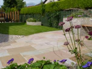 Vialii Garden Services in Perth and Kinross
