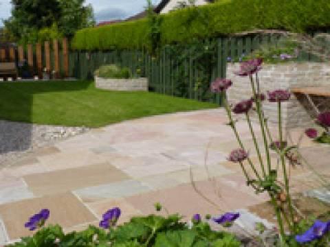 Vialii Garden Services1