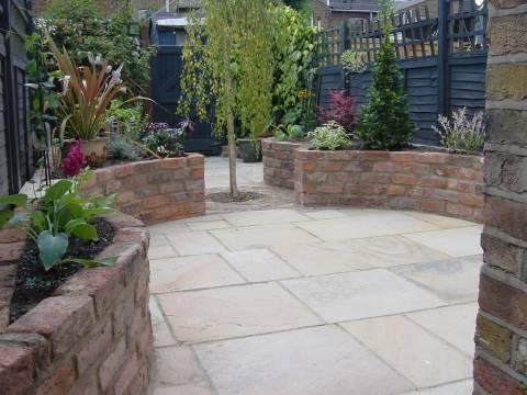Iqon Gardening Services2
