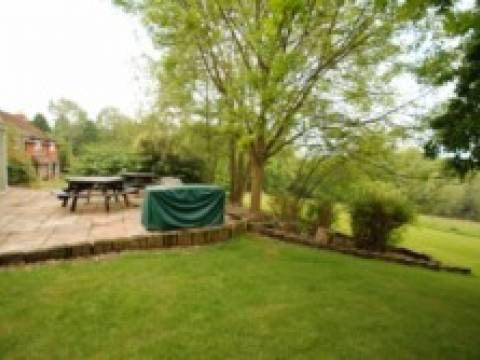 Wealden Landscape Designs2