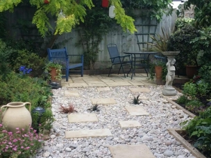 Bloom gardening services  in London