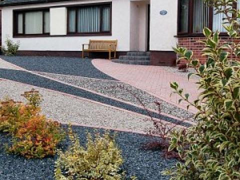 Buzzy Lizzie garden design 5