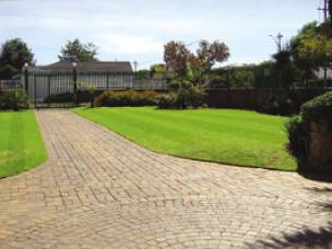 4 Seasons Lawn and Garden  in Greater Manchester