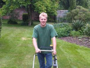 SOLENT GARDEN SERVICES LIMITED in Hampshire